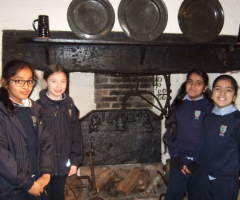 Year 4 girls visit Selly Manor