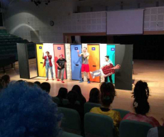 Onatti theatre delights pupils with French play