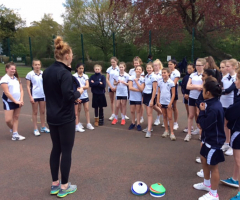 International netballer delivers inspirational coaching