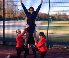 Year 7 netballers play for points
