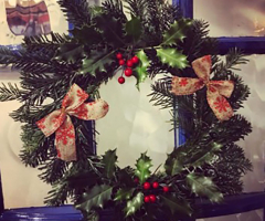 Christmas crafters gather for wreath-making
